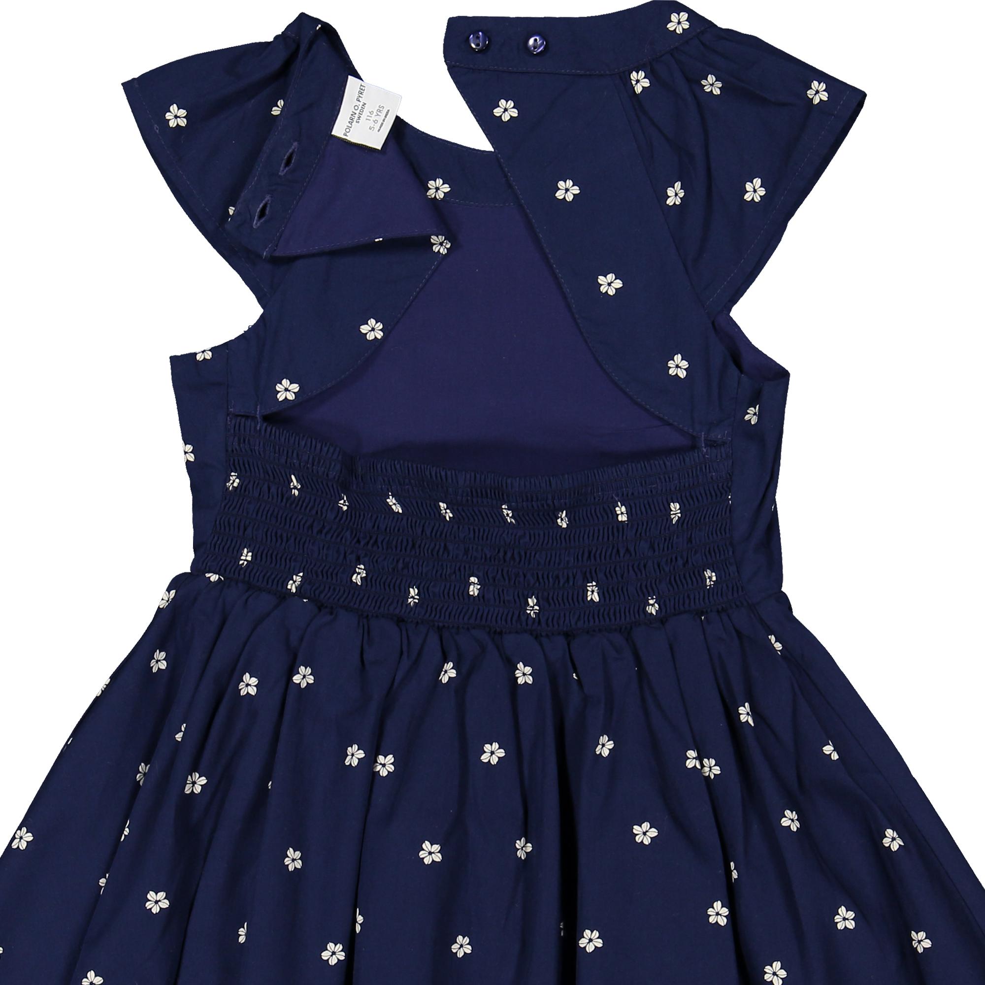 09d8571a7c61 Klänning med små blommor mörkblå | Polarnopyret.se